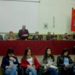 Educare i giovani alla cittadinanza attiva attraverso il dialogo con le istituzioni